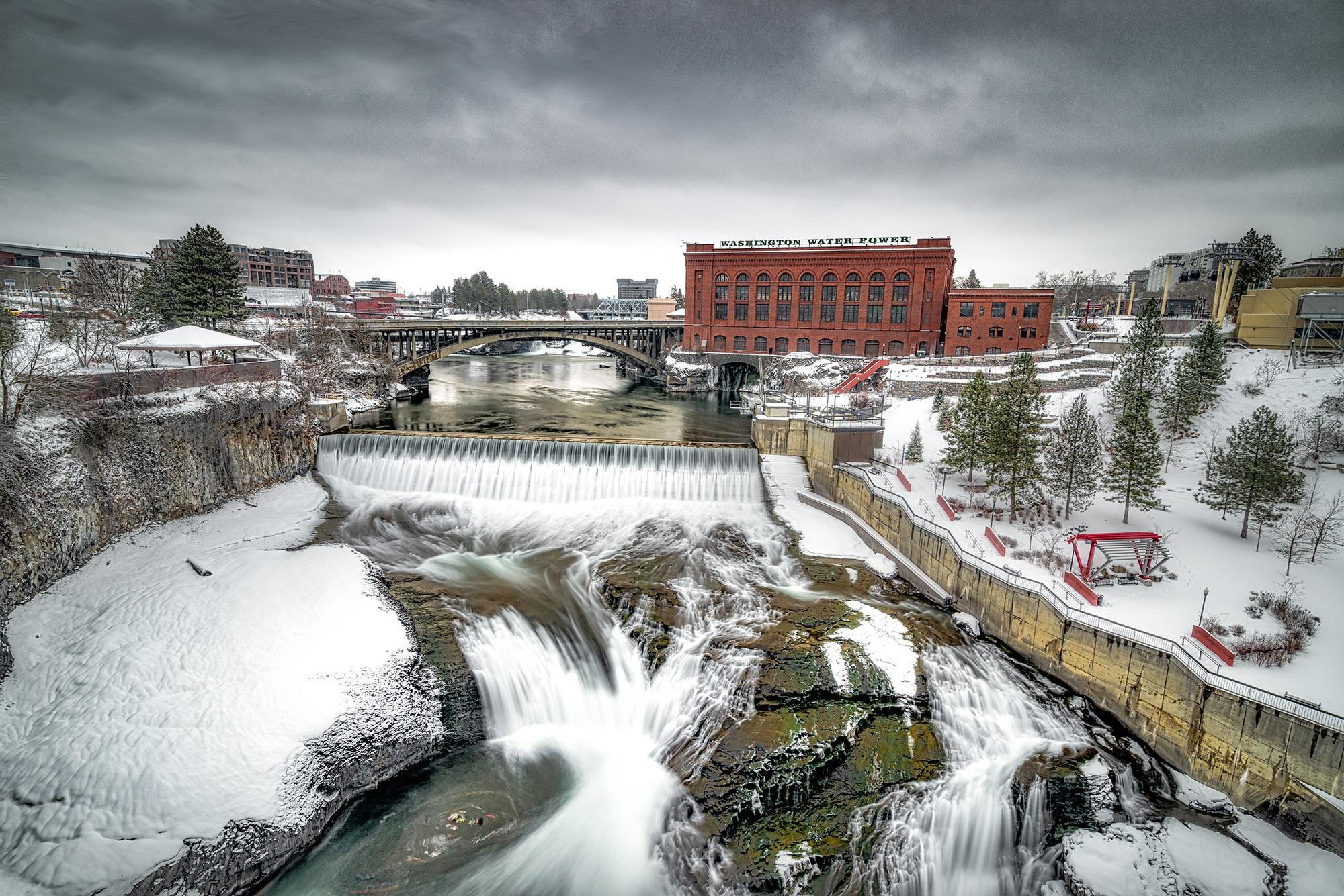 Technical: Spokane Falls in Winter