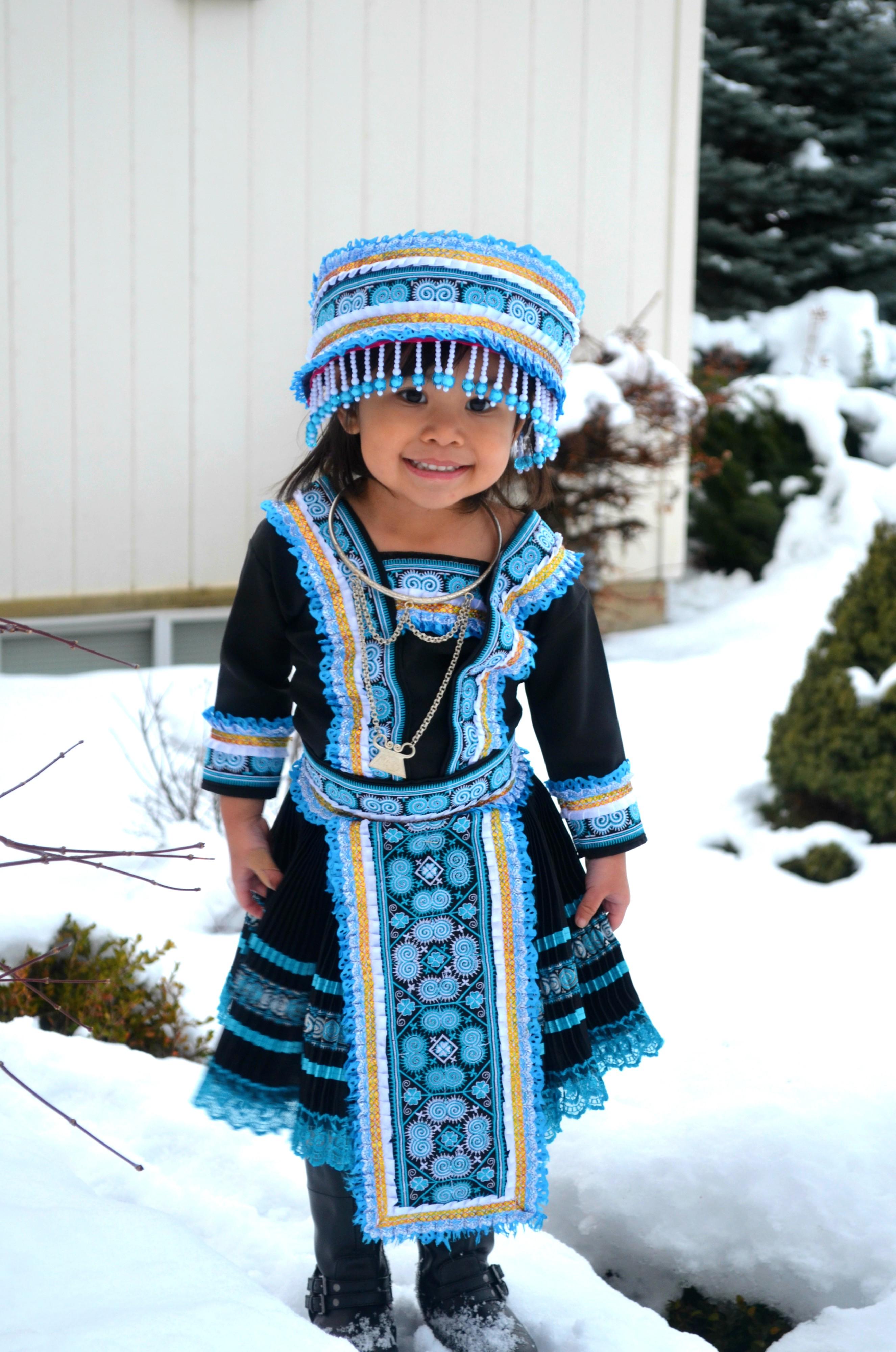 DSHS Family: Hmong Girl